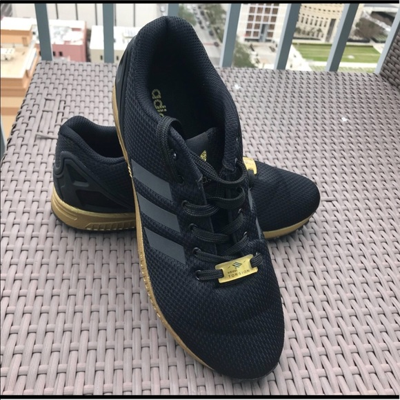sports shoes bbe2b c1aff adidas Shoes - Adidas Size 8 FX Flux Black and Gold Used Once